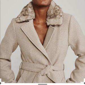 """Abercrombie faux fur collar """"dad coat"""""""